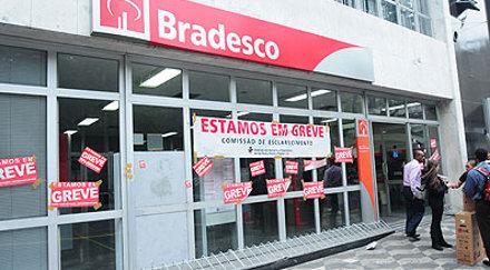 greve_bradesco_sp_01102010.jpg