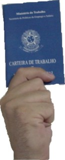 carteira_de_trabalho_na_mao.jpg