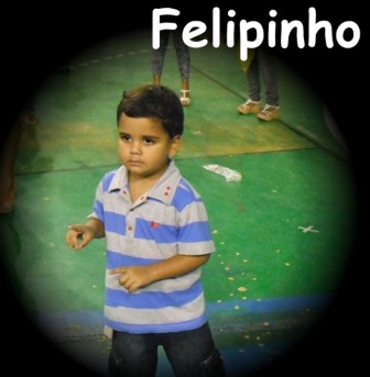 felipinho_red4x3.jpg